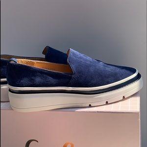 Bill Blass Navy Sneakers